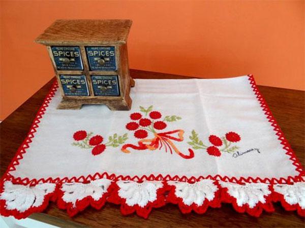 pano-de-copa-flor-vermelha