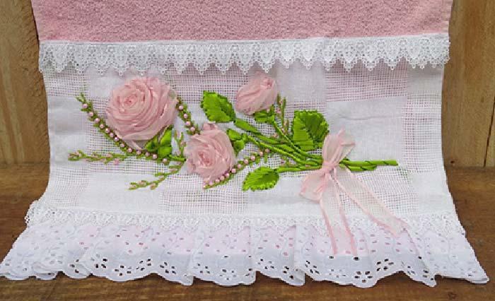toalha-bordada-com-fitas-4