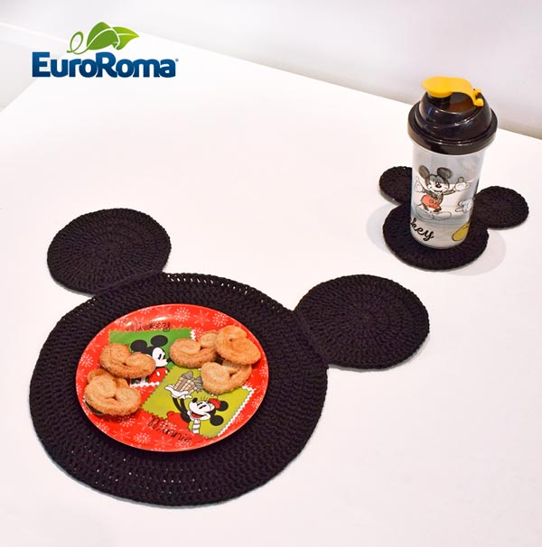 sousplat-de-croche-mickey-e-minnie