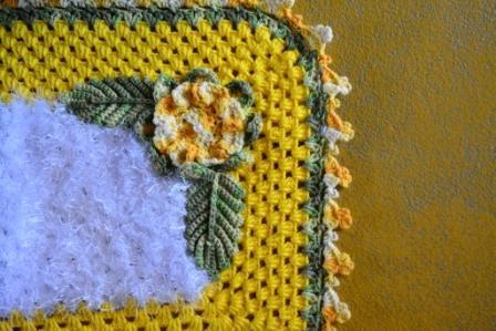 tapete-max-amarelo-e-branco-3