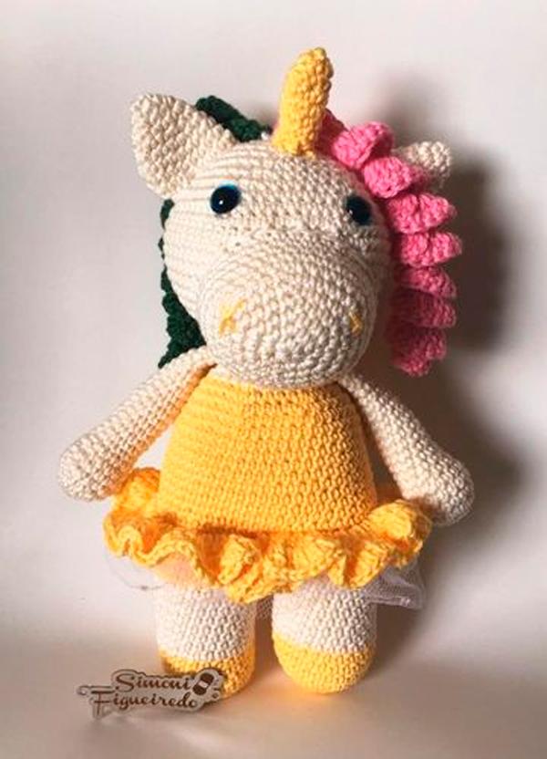 Receita de unicórnio de crochê fofinho - Amigurumi de crochê | 832x600