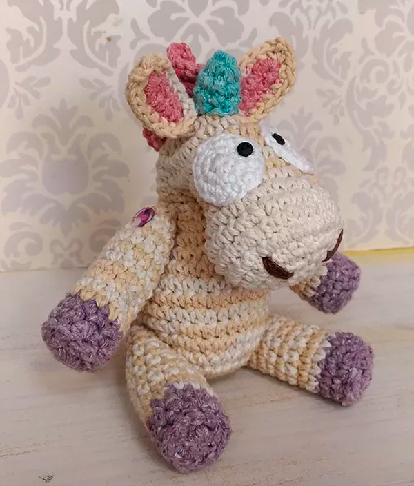 Amigurumi Licorne crochet 1/2 / Unicorn amigurumi crochet (english ... | 704x600