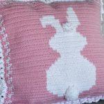 Receita Almofada de Páscoa em Crochê com Pompom