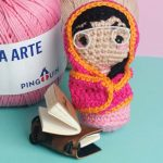 Amigurumi de Crochê Professora Paquistanesa com Fio Bella Arte