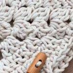 Bolsa de Crochê Verão com Barroco Natural