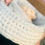 Porta Pão de Crochê Redondo Natural com Barroco Natural