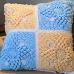 Almofada de Crochê Candy com Barroco Maxcolor
